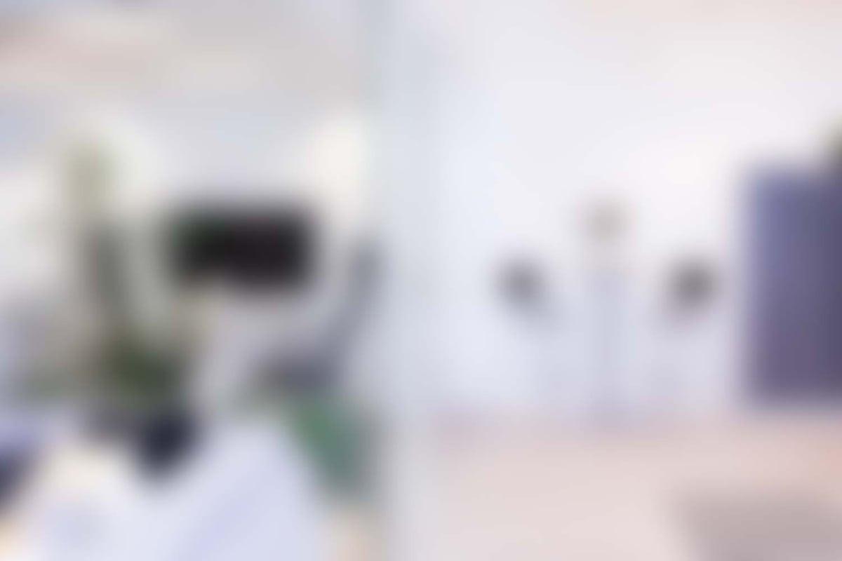 harva-office-blur
